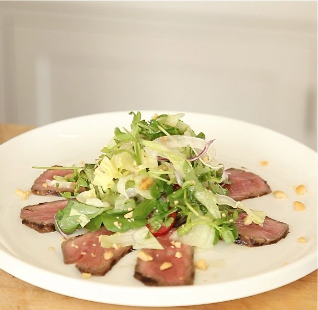 OMNIVOROUS VIDEO #3: Grilled Summer Salads -- Thai Steak Salad