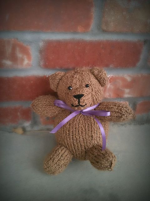 Knitted Teddy Bear Pattern Ravelry : Ravelry: Teddy Free Pattern HANDCRAFTS KNITTING AND LOOM ...