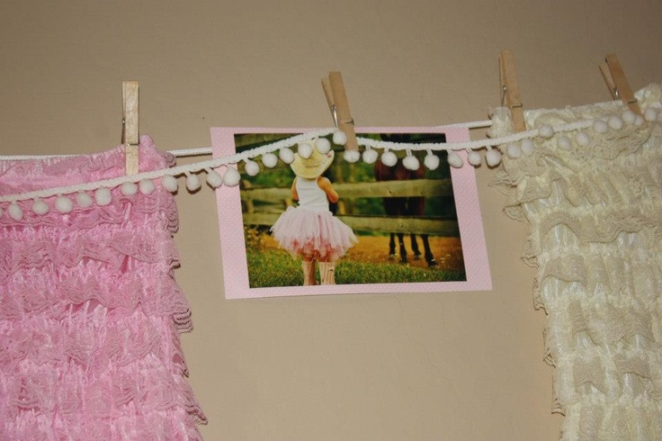 Clothesline decorations for cowgirl baby shower cowgirl for Baby shower clothesline decoration