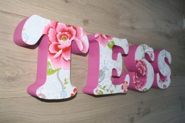 Kinderkamer Ideeen Pip : Letters behang pip Knutsels Pinterest
