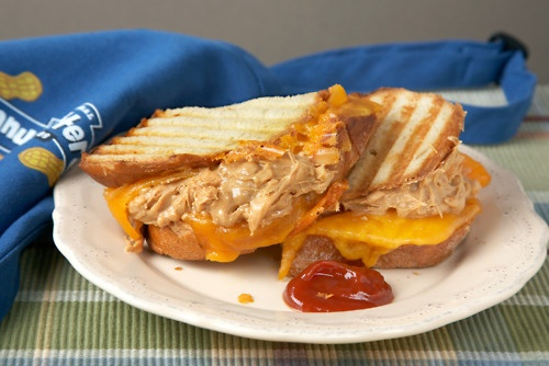 Peanut Butter & Co. Grilled Cheese with Peanut Butter Sandwich: A good ...