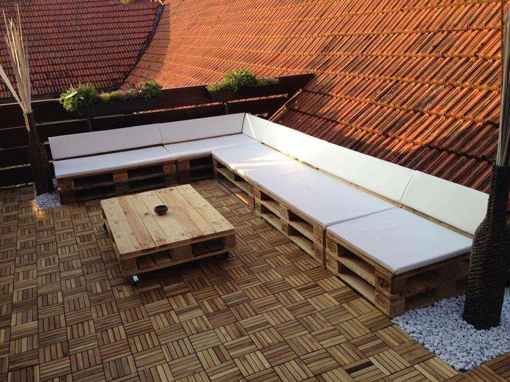 terassensofa lounge und tisch aus aufbereiteten europaletten. Black Bedroom Furniture Sets. Home Design Ideas