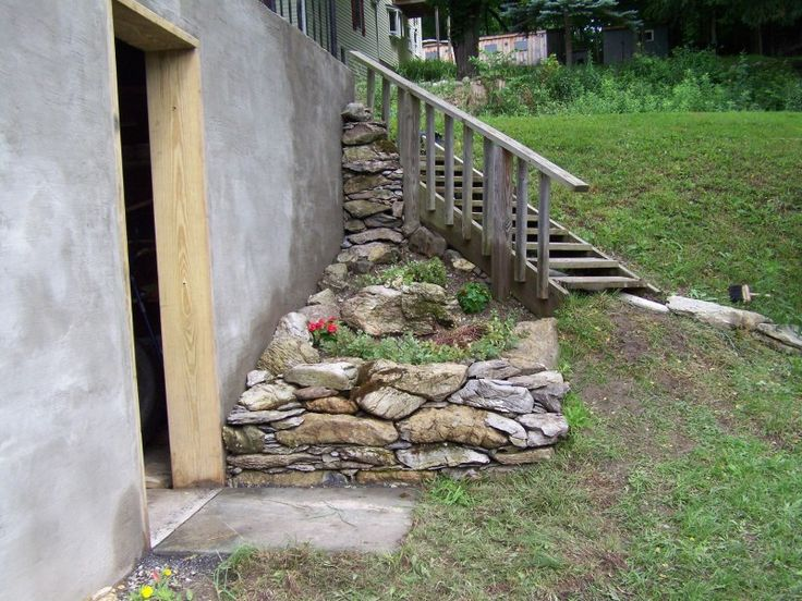 Basement walkout retaining wall basement pinterest Walkout basement landscaping pictures