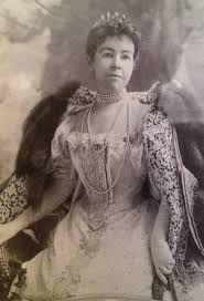 wife of Cornelius Vanderbilt II and reigned as the dowager MrsCornelius Vanderbilt Wife