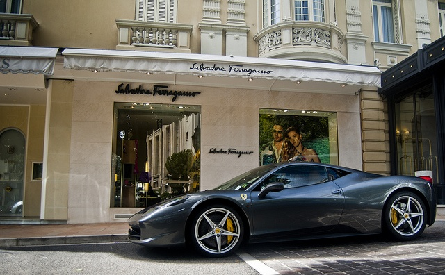 stunning, both the car and the shop.....