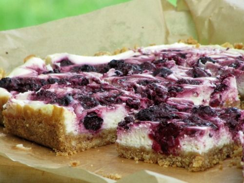 Blueberry Cheesecake squares | Cakes and baked goods | Pinterest