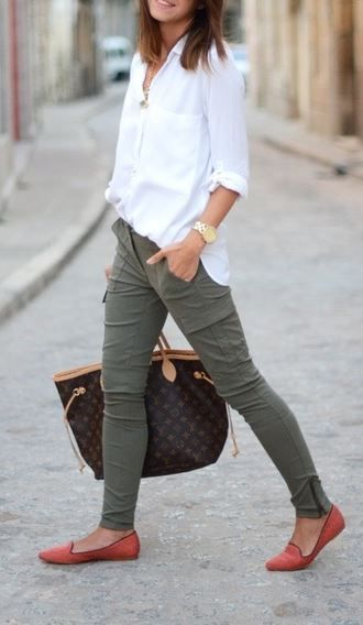 Cool 20 Style Tips On How To Wear Khaki Pants This Spring