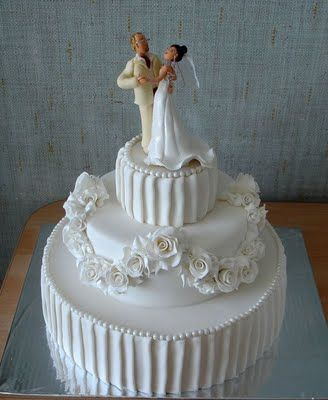 1940s wedding cake
