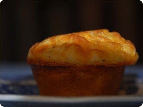 Savory muffin - cheddar muffin - adaptable
