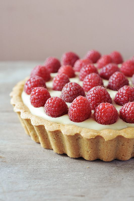 White chocolate raspberry tart. | Sweet Things & Fun ...