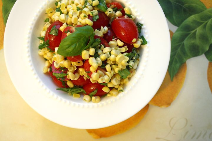 Corn and tomato salad with basil | Soup and Salads | Pinterest