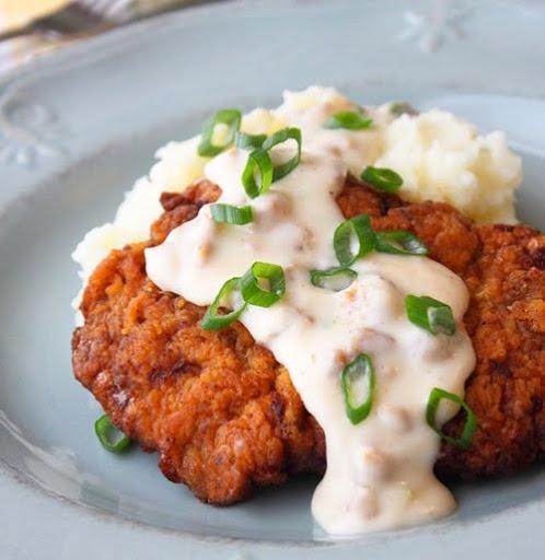 Chicken Fried Steak with Country Gravy | Dinner yumms | Pinterest