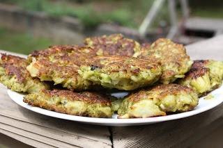 "Broccoli Parmesan Fritters | ""Veggie/Bean/Rice Sides"" | Pinterest"