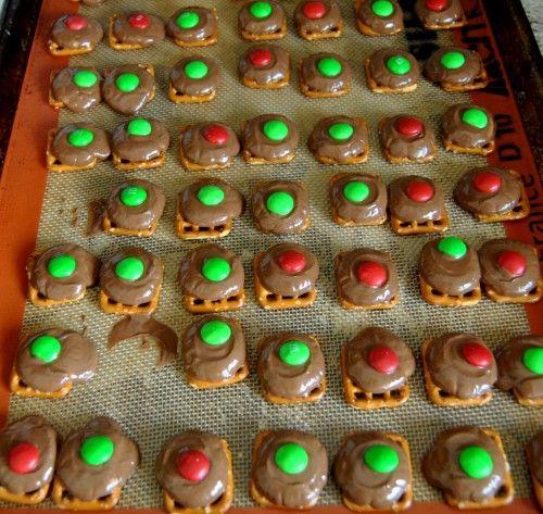 pretzel, rolo, m Christmas treat | Recipes | Pinterest