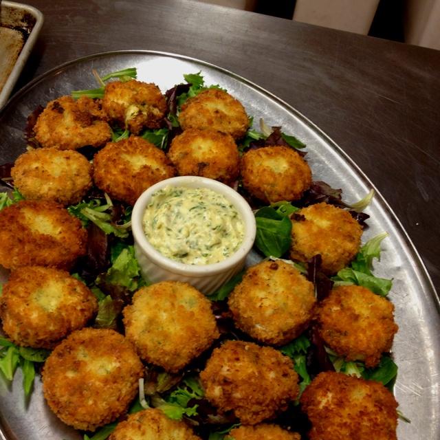 Jumbo lump crab cakes! | Recipes | Pinterest