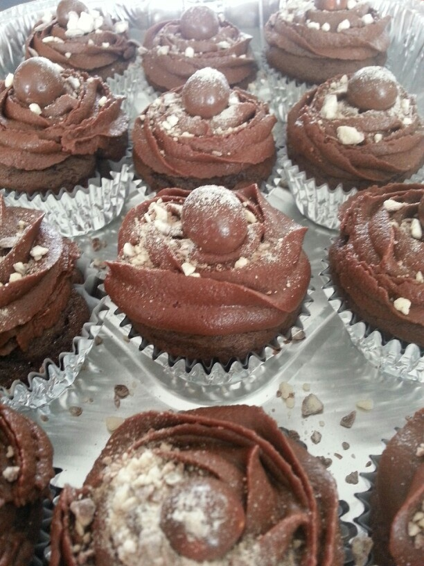Chocolate malt cupcakes | amateur cakes, cookies, cupcakes and food I ...