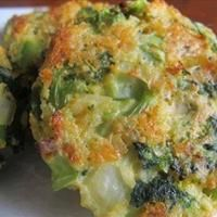 Baked Cheese & Broccoli Patties | make for mom | Pinterest