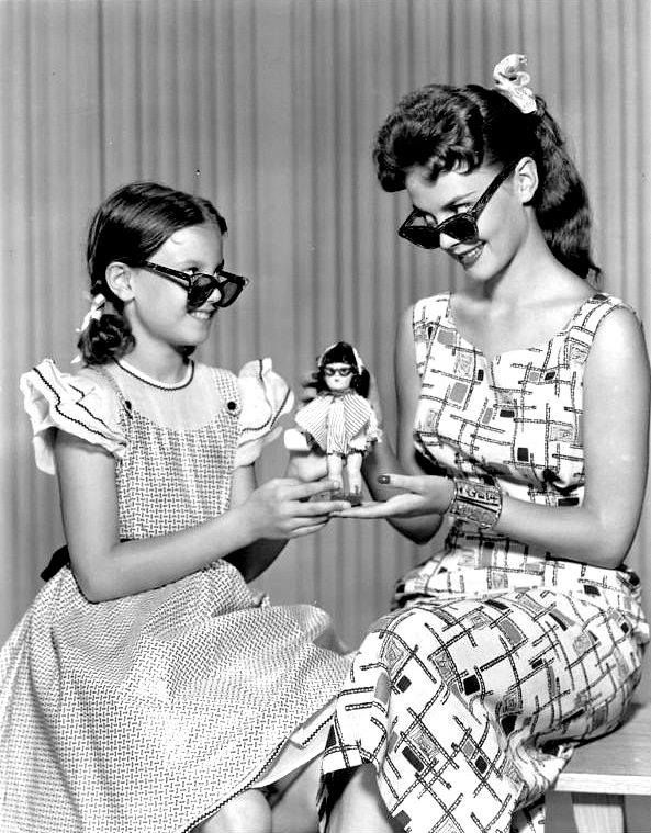 Natalie Wood and her sister Lana