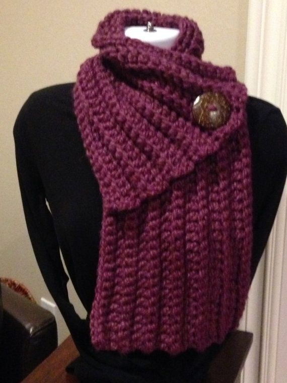 Chunky, cozy, ribbed scarf - cowl with button