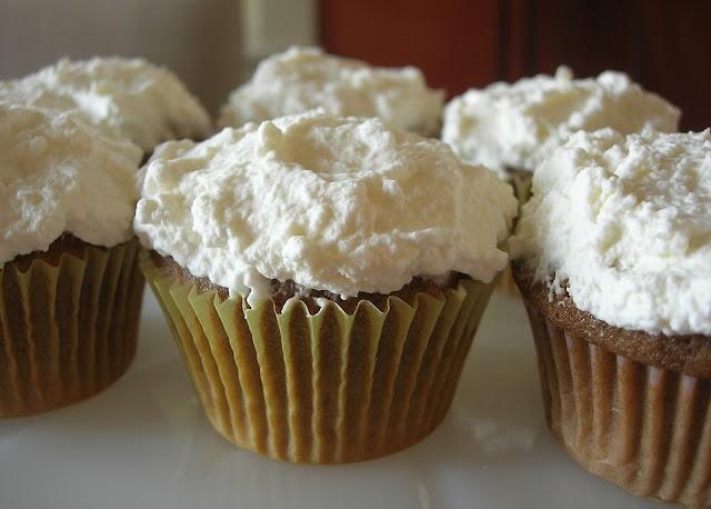 Irish Coffee Cupcakes | Cupcakes make the world go 'round | Pinterest