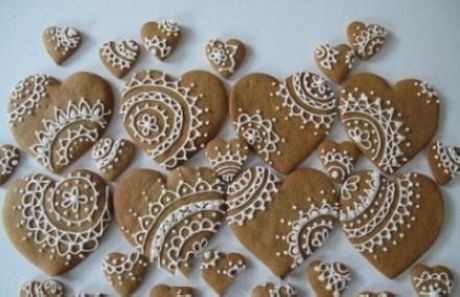 Lace heart cookies - gorgeous detailing for wedding favours and ...