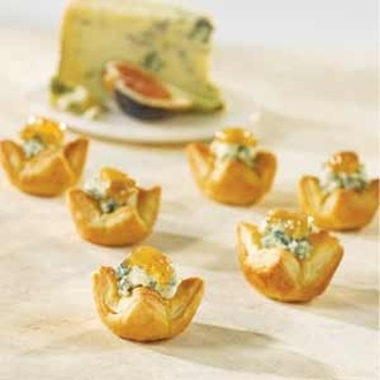 More like this: blue cheese , fig appetizer and appetizers .