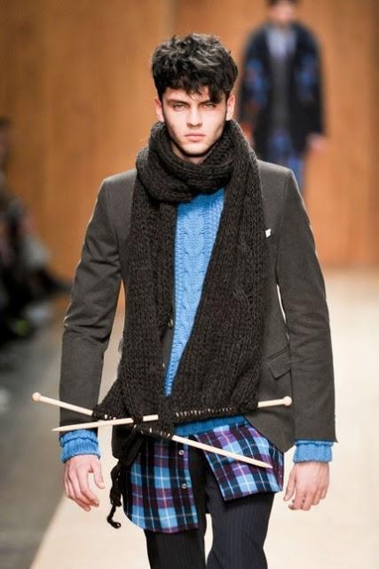 Gracias, Esther ;)  Oh, Mother Mine!!: Inspiración: bufanda de hombre.