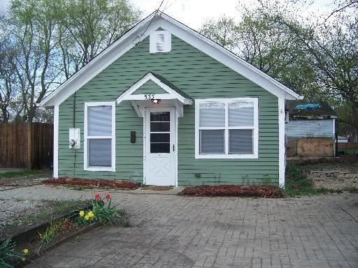 Tiny house in aurora illinois tiny homes pinterest House aurora