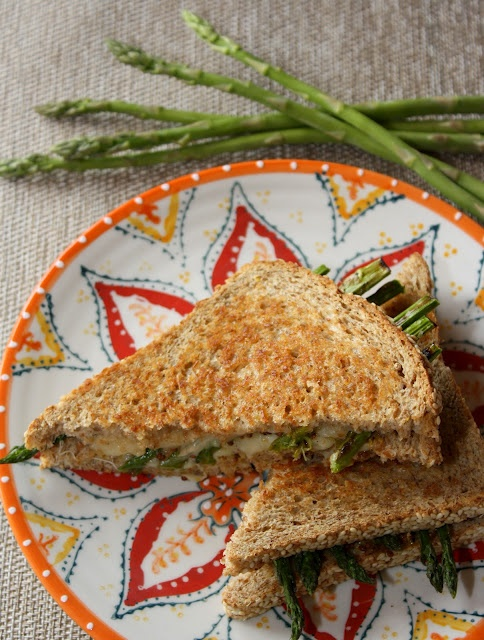 Asparagus Grilled Cheese Sandwich via The Bitchin' Kitchin'