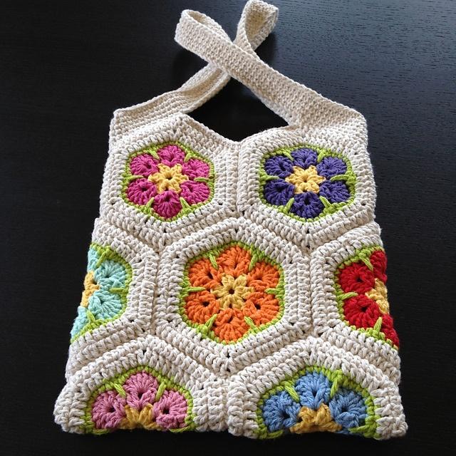 African Flower Crochet Pattern Half : African Flower Hexagon Pattern