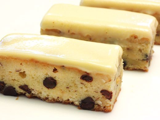 White chocolate hazelnut blondies | Food for the Soul | Pinterest