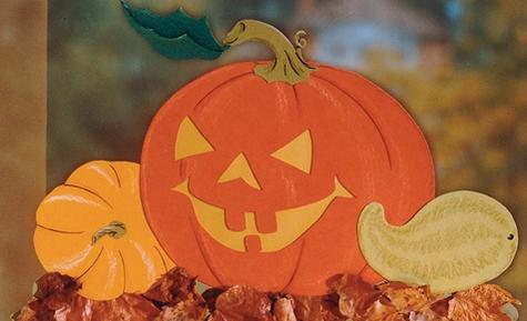 Halloween: Kürbis-Fensterbild basteln Halloween Pinterest