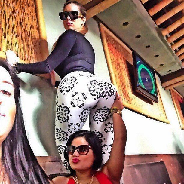 ass big butt big booty thick sexy hot curves bundas