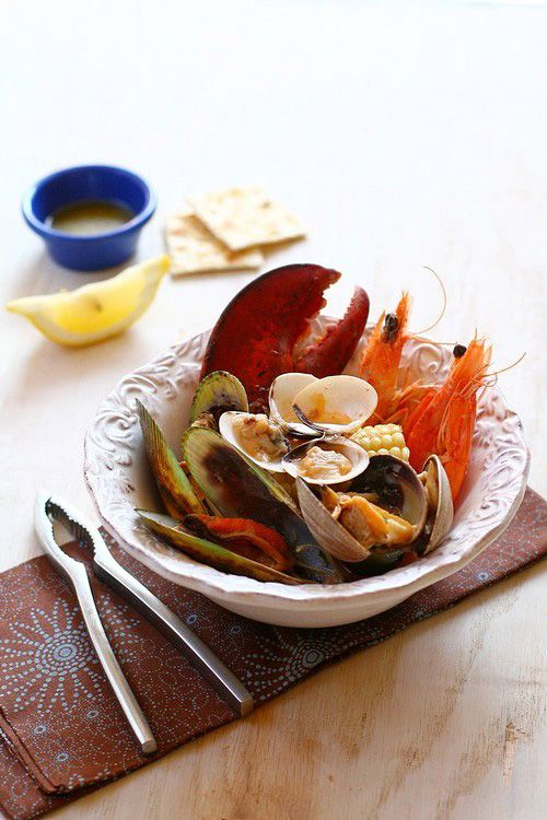 The Clambake, New England's seafood