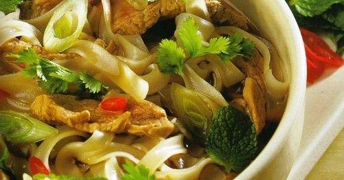 Vietnamese Beef & Rice Noodle Soup | yum! | Pinterest