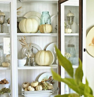 The Liberty Cottage : Indoor Fall Decorating! LOVE!