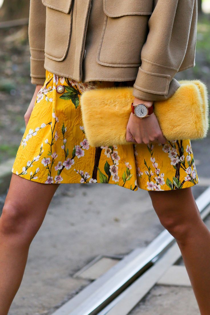 Carmel on yellow (and yellow!) makes for a color combo we love #furclutch #clutch #streetstyle