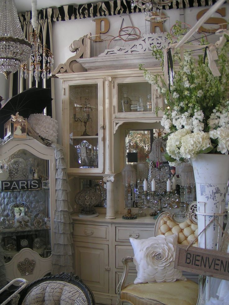 So French Bohemian Decor Shabbychic Shops Fleas Set Up Pinter