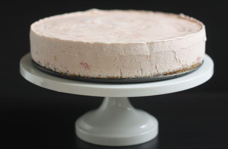 strawberry basil ice cream pie   Sweet Things   Pinterest