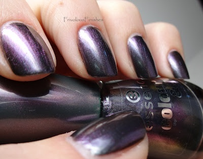 Frivolous Finishes: Essence - Chic Reloaded
