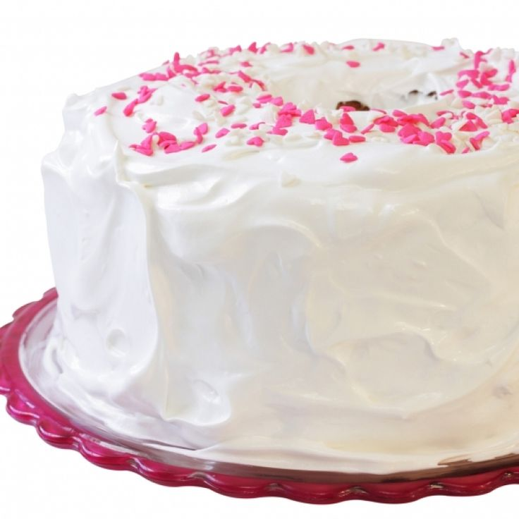... fluffy white frosting. . Angel Food Cake with Fluffy White Frosting