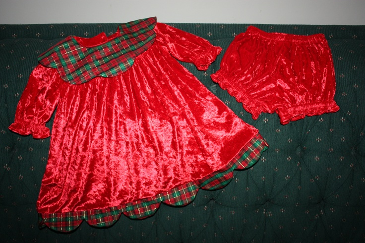 Elly s christmas dress 2009 size 6 9 months