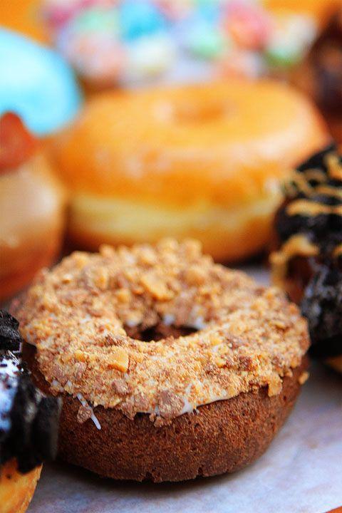 chocolate cake doughnut | Yum Yum! | Pinterest