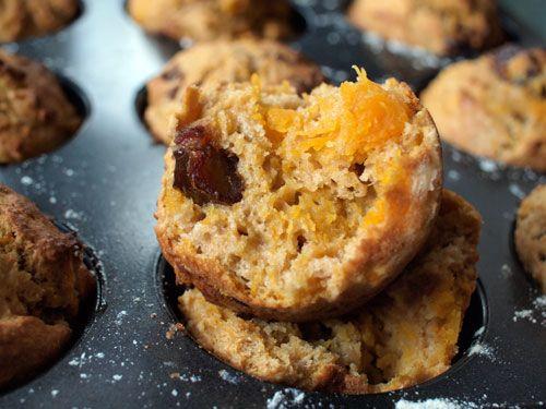 Pumpkin, cinnamon and date muffins
