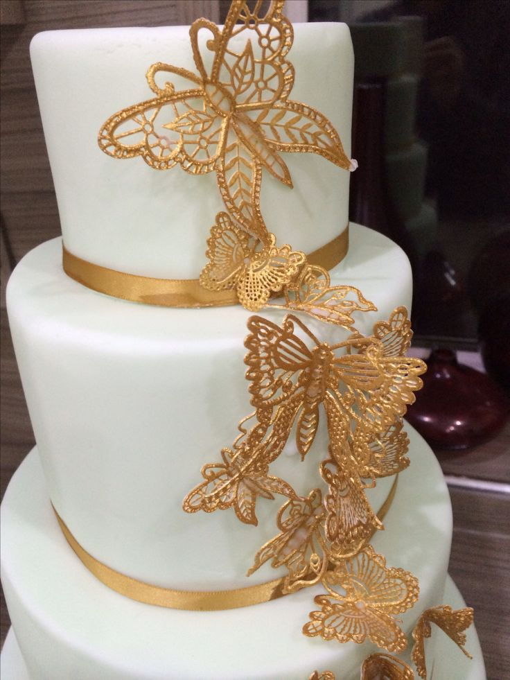 Cake With Gold Decoration : Gold butterfly cake Cake decorations for all occasion ...