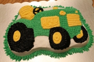 Birthday cake - John Deere tractor cake