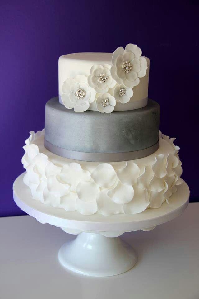 Schlicht und elegant  Hochzeitstorten  Pinterest