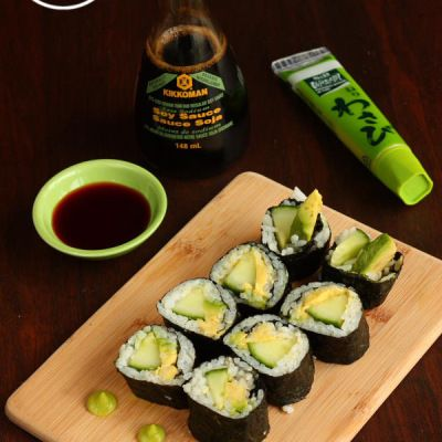 Cucumber Avocado Sushi Rolls and Hand Rolls - Je suis alimentageuse