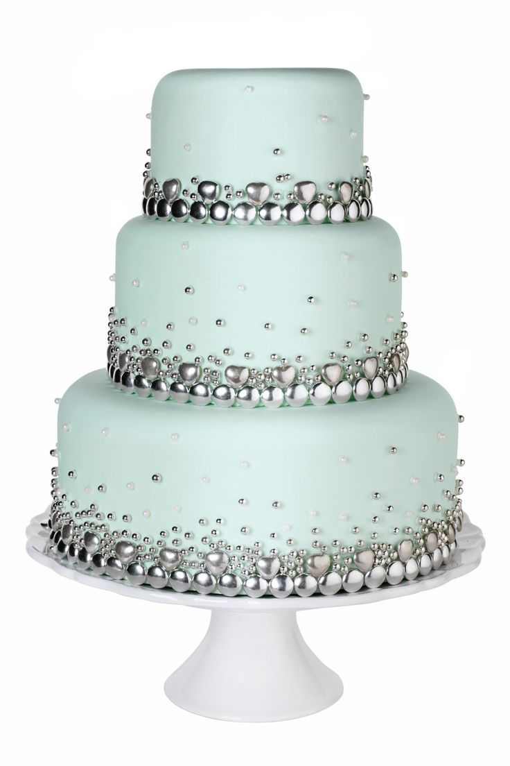 Baking Goes Bling Bling Wedding Cakes