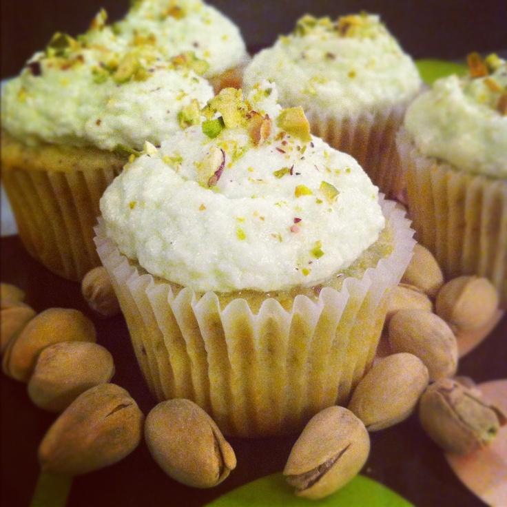 Pistachio Cupcakes! | Food! | Pinterest
